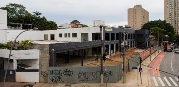 20dez2016---terreno-na-rua-doutor-haberbeck-brandao-em-moema-na-zona-sul-de-sao-paulo-que-teria-sido-oferecido-para-o-instituto-lula-mas-que-acabou-nao-sendo-usado-pela-entidade-14979126
