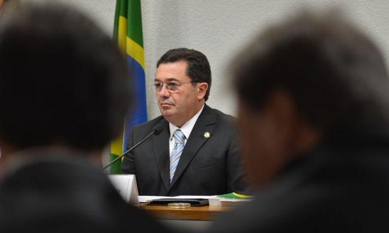 400100656-comissao-de-assuntos-economicos-cae-sabatina-o-senador-vital-do-rego-para-o-cargo-de-ministro-do-tcu